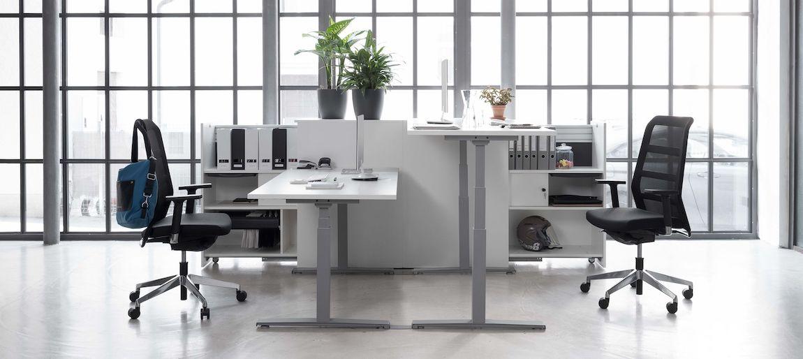 zit sta bureau's met ergonomische buraustoelen
